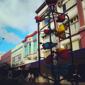 the cuba street bucket fountain
