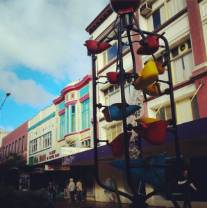 the cuba street bucket fountain